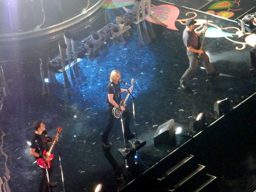 Nickelback Kicks off the Junos