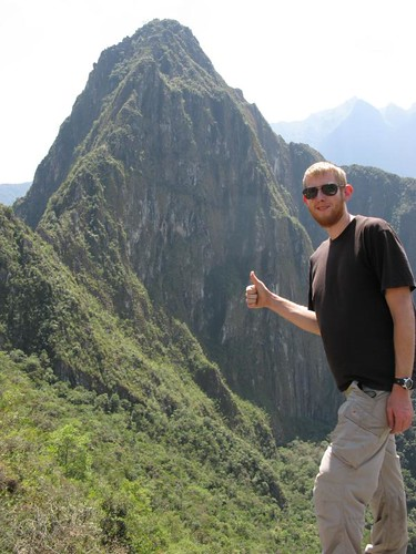 me in front of Huayna picchu