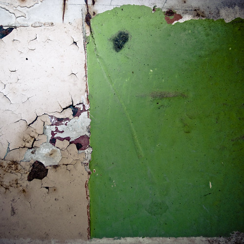 Wall Composition with Green