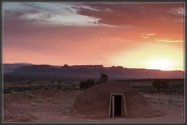 hogan,amerindiens,navajo,dine'tah