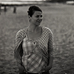 with my family on the beach - film (Anna J. Michalska) Tags: 2005 family portrait blackandwhite laura film nikon child c epson hp5 f80 expired perfection caffenol v500