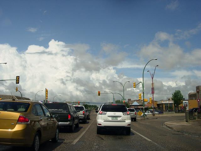 SD 063 01 Saskatoon Traffic
