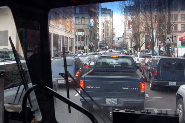 traffic_bus_window_1