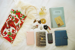 inside my purse ({Jessica Louise}) Tags: purse whatsinmybag hangbag insidemybag