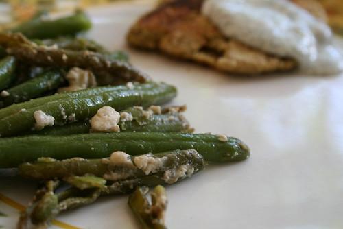sauteed green beans w feta