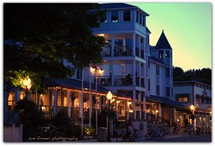 as night falls (suesue2) Tags: sunset hotel evening mainstreet sundown dusk michigan mackinacisland nightfall havefunatwork lakeviewhotel suesue2 amazingmich