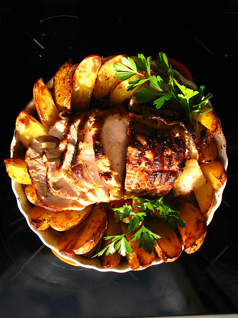 Sliced roast with potatos