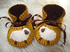 GOLD AND CHOCOLATE HANDMADE BABY BOOTIES WITH CUTE SHEEP MOTIFS (Funky Shapes) Tags: uk baby love wool colors animals kids children shower gold shoes sheep autum handmade chocolate unique oneofakind crafts felt zapatos gift kawaii bebe animales ribbon accessories etsy slippers booties bootees wholesale bebes ovejas babygift funkyshapes babyclothing babyslippers etsybaby