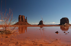 Monument Valley (maarten49) Tags: arizona monument rain utah desert valley navajo monumentvalley
