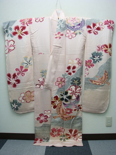 Stylized flowers and birds furisode