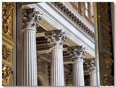 Paris_Versalhes_interior_capiteis_corintios (vmribeiro.net) Tags: paris france architecture arquitectura frança palace versailles palácio palacio versalhes