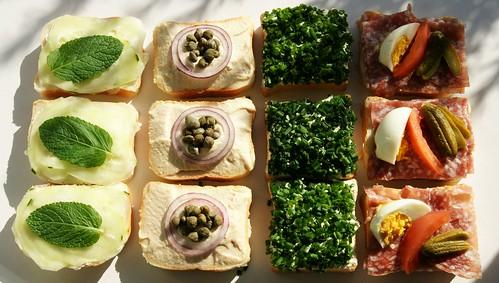 Gurke-Frischkäse, Thoncreme-Zwiebel-Kapern, Zigerbrütli, Salami-Ei-Gurke