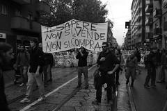 Lambrate (fight4rave) Tags: la no milano contro nopasaran gelmini legge133 lavostracrisinonlapaghiamo lacrisinonlapaghiamo