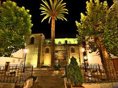 Plaza de Oviedo y la Iglesia de San Mateo, Tarifa, Cádiz