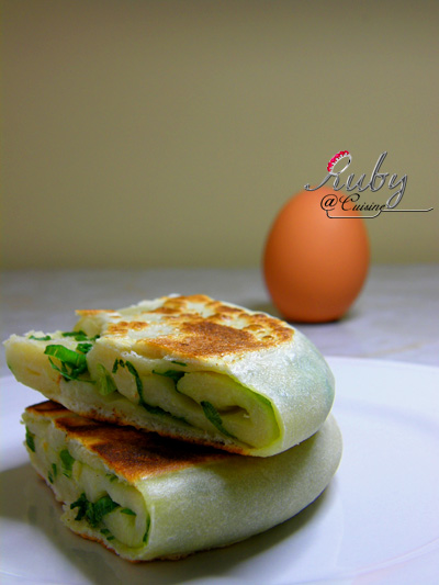 Pancake with green onion