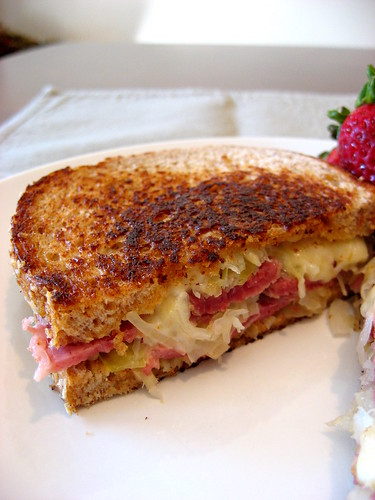 Ruben sandwiches 005