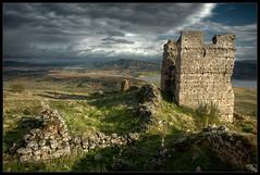 700 aos despus / 700 years later (Miguel Angel Avi) Tags: espaa castle andaluca spain pantano ruinas andalusia colina collin castillo mash vilches giribaile castillodegiribaile pantanodegiribaile