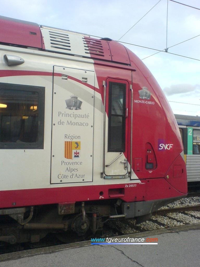 """Détail de la motrice Z 26577 sur ce TER monégasque baptisé """"Monte-Carlo"""""""