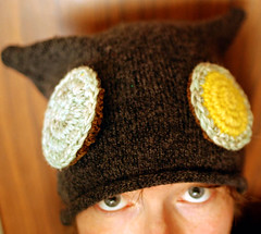 velcro eyes hat!