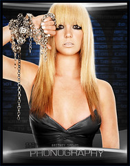 Britney Spears- Phonography (gorigo) Tags: spears circus 2008 britney blend phonography goripanda