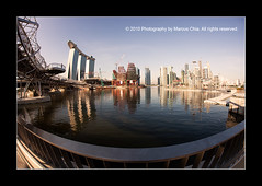 Marina Bay Sands (uzume002) Tags: bridge sea reflection architecture canon landscape ir singapore fisheye dslr 2010 fixedfocus primelens marinabaysands sigma15mmf28exdg eos5dmarkii