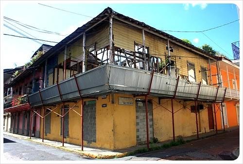 Casco Viejo old broken building