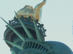 the statue (lensjockey) Tags: nyc newyorkcity france nycpb statue  icon holly gothamist van neoclassical libertyisland thestatueofliberty lensjockey hollyvanvoast fredericbartholdi voast idrathernotputbigwatermarksandcopyrightstuffonmypictures hollyvanvoastlensjockey