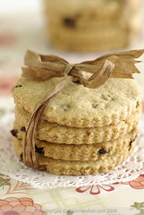 Easter Biscuits with Amaranth Flour (Bron Marshall) Tags: newzealand cookies easter bak