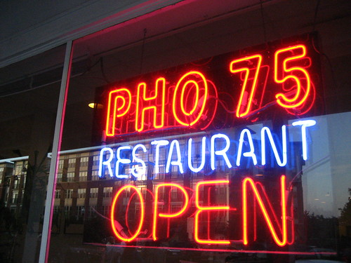 pho 75 restaurant in arlington