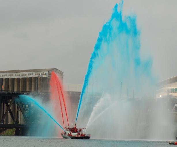 navy_fire_boat_rwb