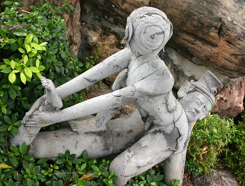 Statue of Thai massage?
