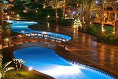 Sharm Grand Plaza Night II (Siuloon) Tags: vacation holiday color night canon hotel egypt sharmelsheikh architettura sharm noc widok wakacje egipt kolor architektura goldenglobe eos30d mostek thebestofday gnneniyisi llovemypics grandplazaresort mygearandme mygearandmepremium mygearandmebronze mygearandmesilver mygearandmegold mygearandmeplatinum mygearandmediamond