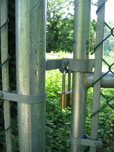 High security fencing fail
