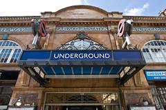 Earls Court Tube Station #1 (gidsey_) Tags: uk london station underground geotagged metro tube railway districtline londonist kensingtonandchelsea tubewalking raoil