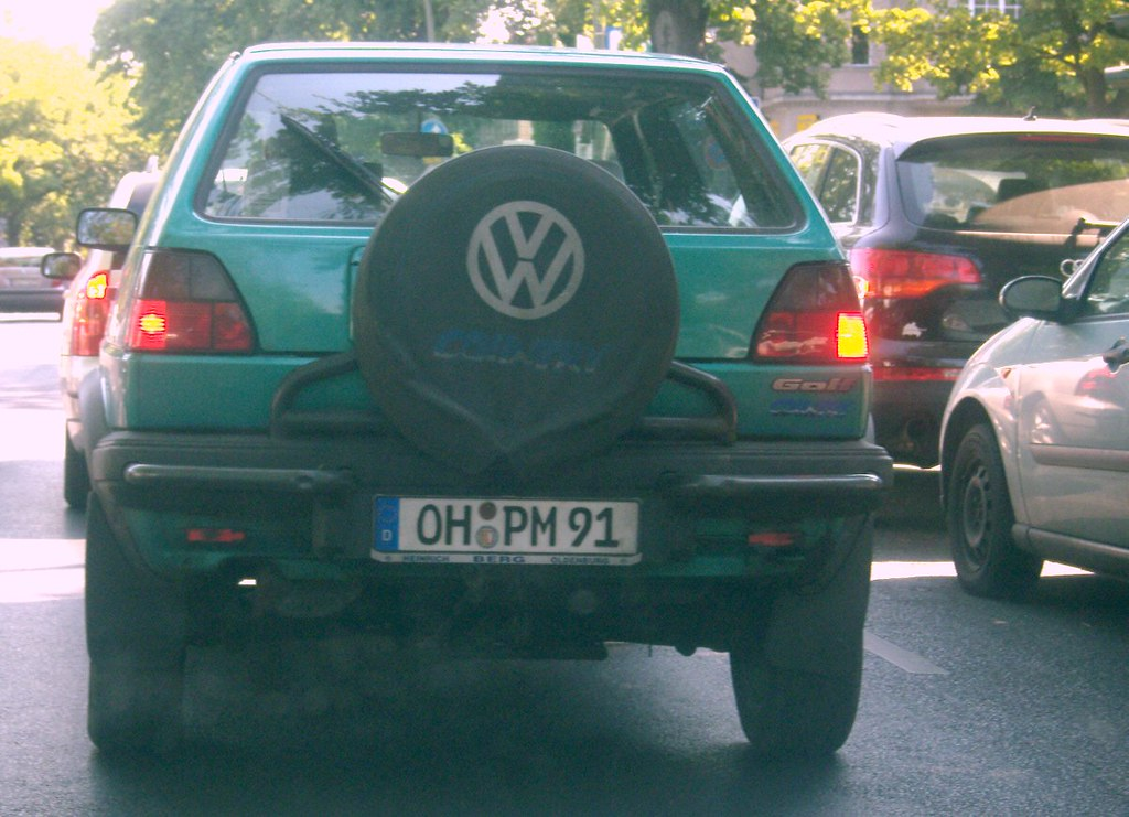 VW Golf Country ...