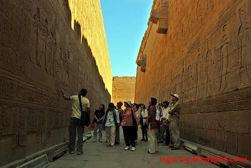Temple of Edfu - Passageway