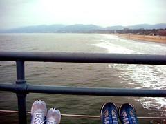 FUTAB Friday (Zeetz Jones) Tags: shoes santamonicapier sundaymorning futab feetuptakeabreak