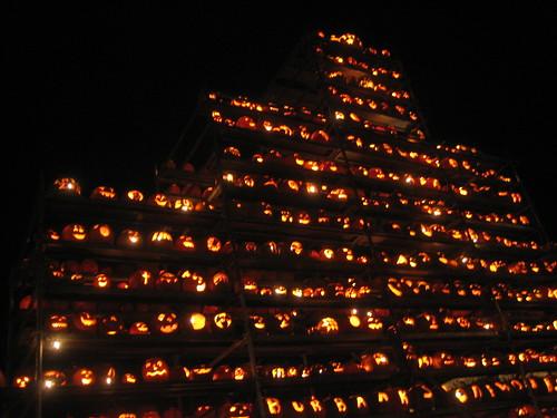 keene pumpkin festival pumpkin stack I