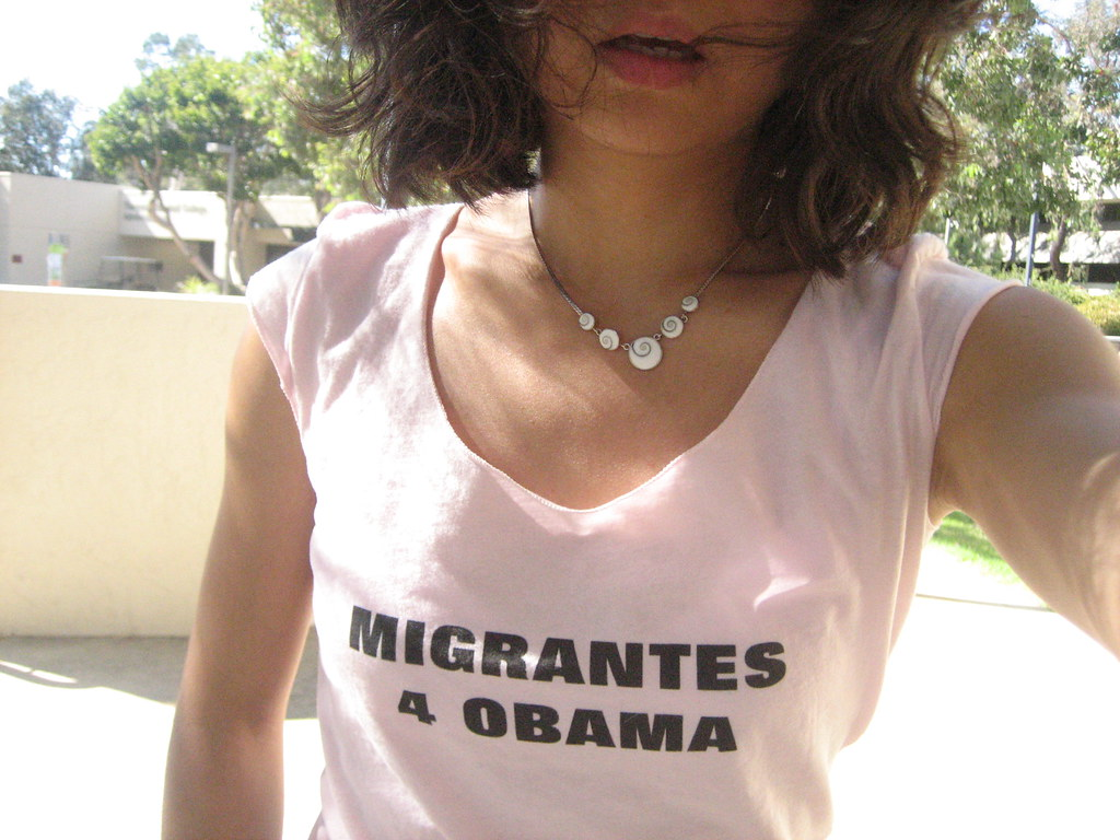 migrantes 4 obama - I made this t-shirt - hice esta camisa!  VA VA OBAMA!