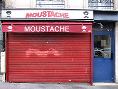 moustache (Yersinia) Tags: paris france public europe eu safe europeanunion elsewhere faved ccnc photographical yersinia guessnot fujifilmfinepixs9600 parispool nygfrance