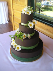 Hannah's Cake (Josef's Vienna Bakery) Tags: wedding food dessert marisa chocolate weddingcake nevada tahoe bakery reno sparks hess iphone fondant josefs marisahess