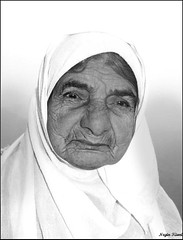 Old woman - Portrait (///Negin Kiani) Tags: old portrait iran oldwoman mazandaran iranian  irani     mazandarani  shalingchal neginkiani       zarbanoo