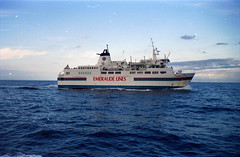 03Jersey1995_30 (emzepe) Tags: ocean sea english lines ferry islands ship britain great atlantic jersey sziget channel tenger viz emeraude szigetek lamanche nagy britania csatorna atlanti haj komp cen szveg trtnet komphaj sztori
