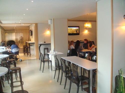 Vista del salón dedicado a menús de mediodia