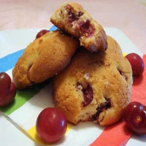 cherry-spice-scones