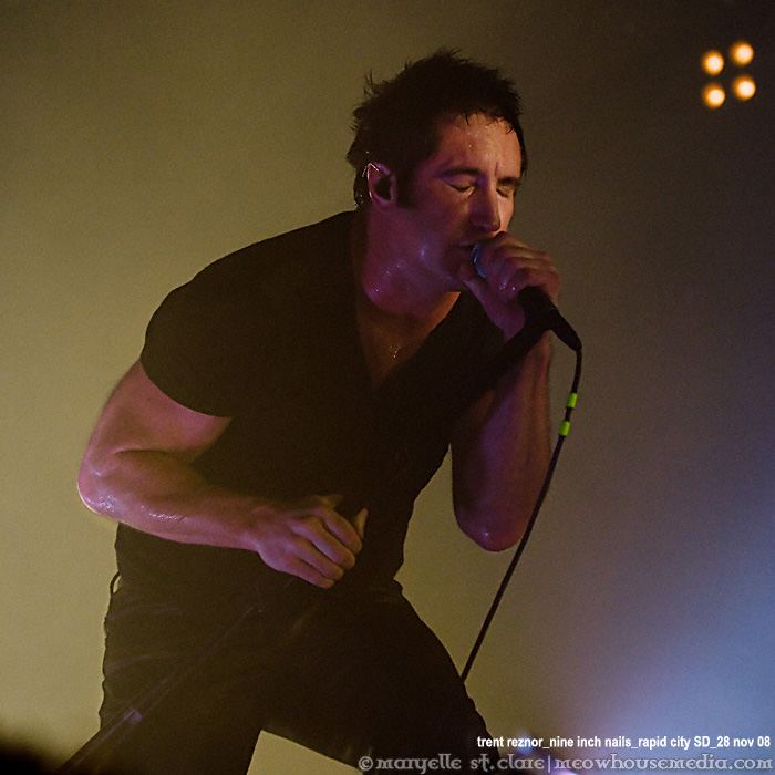 NIN | March Of The Pigs | Trent Reznor | Nine Inch Nails | Rapid City, SD | Lights in the Sky