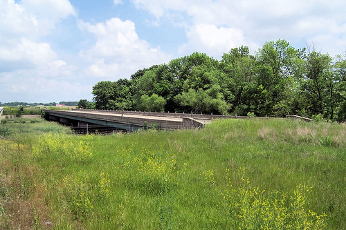 Abandoned, never used US 50 bridge