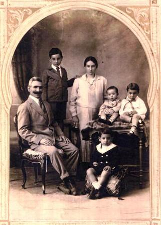 Juan Manzur y familia.