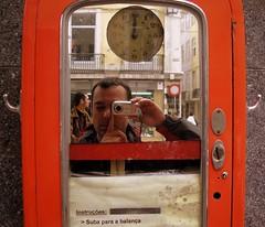 2 en 1 (Peatn ocasional) Tags: selfportrait portugal europa europe lisboa lisbon retratos viajes autorretrato troika risas garci escapadas carloscazurro peatnocasional troikos