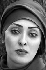 (HORIZON) Tags: portrait people blackandwhite bw woman face portraits photography persian women photographer faces iran horizon naturallight persia portraiture iranian portret naturalight czarny peoplepix twarz kobieta biay canon24105mmf4lisusm 40d mywinners canoneos40d exposuretime130 fnumber56 focallenght95 thegalleryoffineportraitphotography